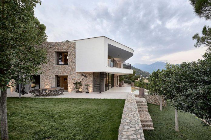villa-la-madone-southern-france-2cm-ceschia-e-mentil-architetti-associati-04