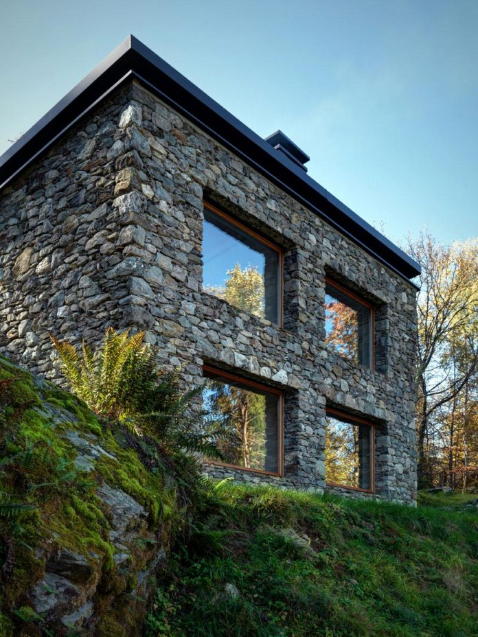 villa-vi-located-surroundings-sondrio-orobie-alps-3280-ft-sea-level-alfredo-vanotti-03
