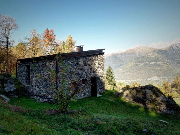 villa-vi-located-surroundings-sondrio-orobie-alps-3280-ft-sea-level-alfredo-vanotti-04