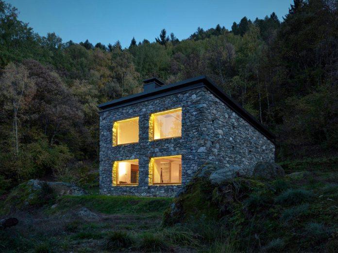 villa-vi-located-surroundings-sondrio-orobie-alps-3280-ft-sea-level-alfredo-vanotti-34