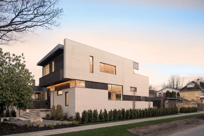 2996-west-11th-residence-punctuated-white-brick-facade-randy-bens-architect-04