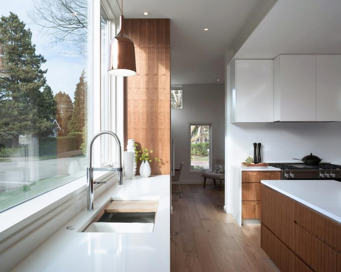 2996-west-11th-residence-punctuated-white-brick-facade-randy-bens-architect-08