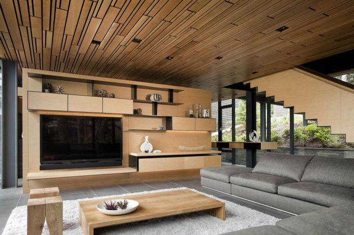 360-house-perched-beach-edge-tree-line-bora-architects-18