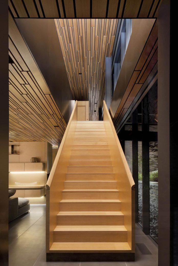 360-house-perched-beach-edge-tree-line-bora-architects-25
