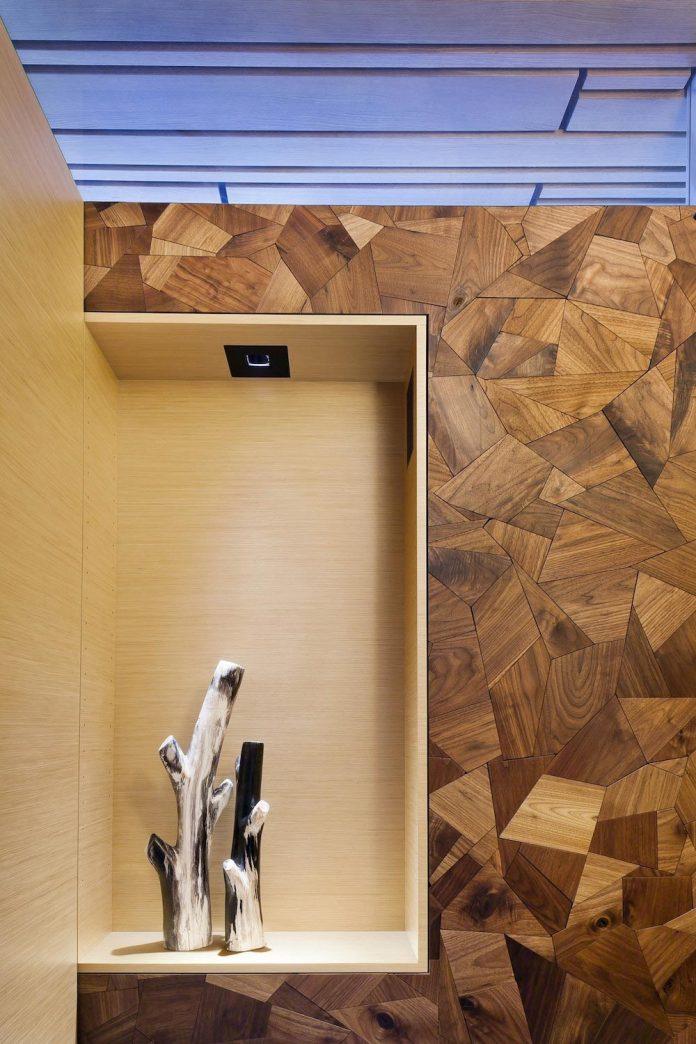 360-house-perched-beach-edge-tree-line-bora-architects-26