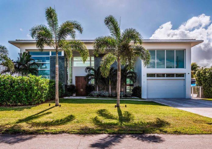 431-alamanda-luminous-home-located-hallandale-beach-florida-designed-enrique-feldman-05