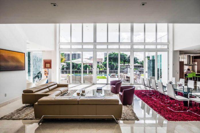 431-alamanda-luminous-home-located-hallandale-beach-florida-designed-enrique-feldman-08