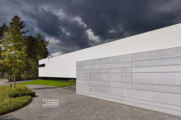 alexander-brenner-architects-design-bredeney-contemporary-house-essen-germany-03