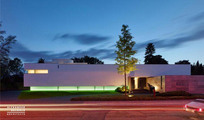 alexander-brenner-architects-design-bredeney-contemporary-house-essen-germany-16
