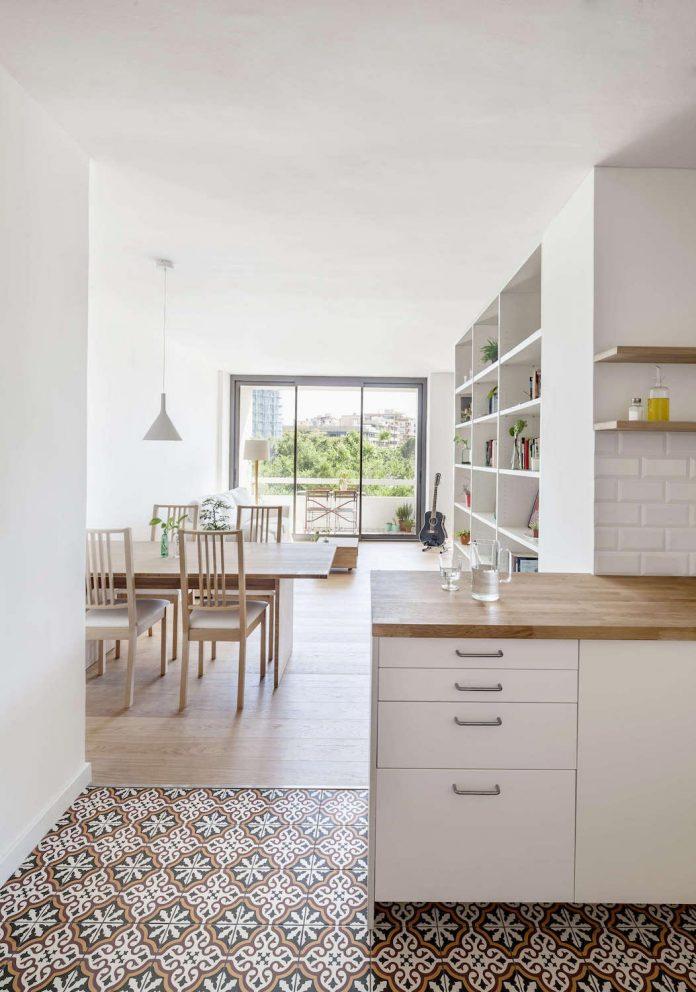 apartment-renovation-barcelona-sixties-residential-building-designed-famous-architect-francesc-mitjans-06