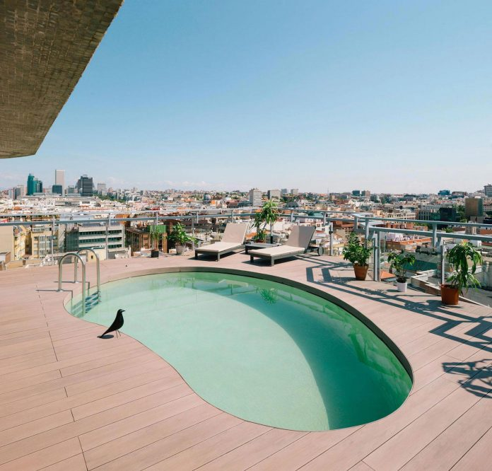 arquitectura-design-chalet-madrid-top-tower-apartment-garden-swimming-pool-03