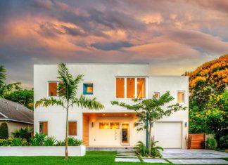 Bougainvillea Villa in Sarasota, Florida designed by Traction Architecture