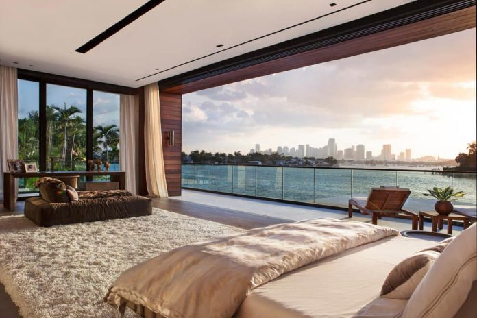 charlotte-dunagan-design-group-design-casa-clara-modern-luxurious-clean-lined-house-set-venetian-island-miami-beach-10