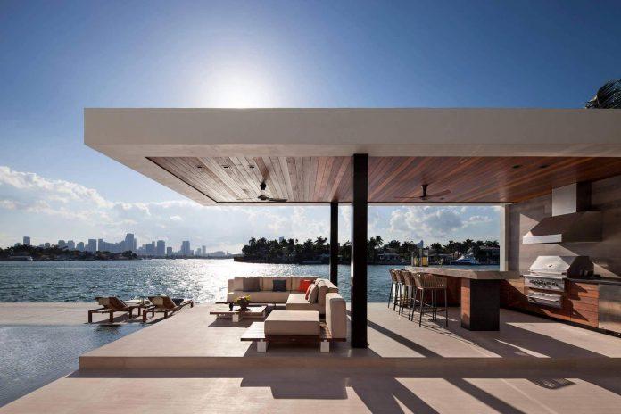 charlotte-dunagan-design-group-design-casa-clara-modern-luxurious-clean-lined-house-set-venetian-island-miami-beach-12