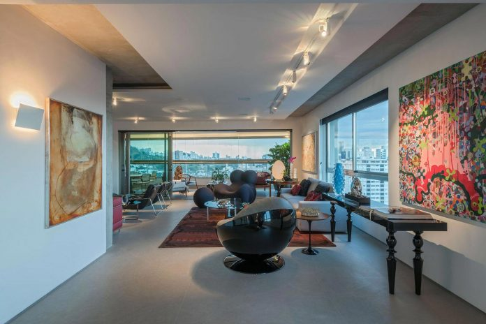 colourful-apartment-belo-horizonte-art-collector-lover-strong-colours-designed-2arquitetos-01