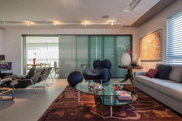 colourful-apartment-belo-horizonte-art-collector-lover-strong-colours-designed-2arquitetos-03