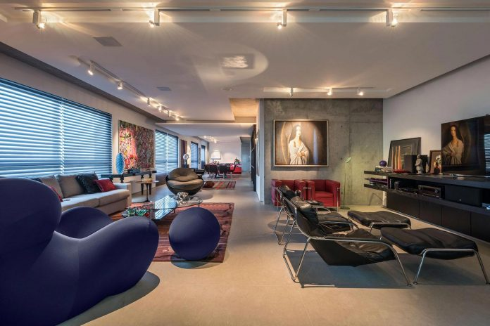 colourful-apartment-belo-horizonte-art-collector-lover-strong-colours-designed-2arquitetos-04
