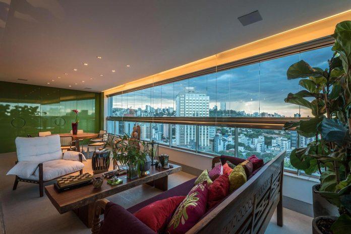 colourful-apartment-belo-horizonte-art-collector-lover-strong-colours-designed-2arquitetos-07