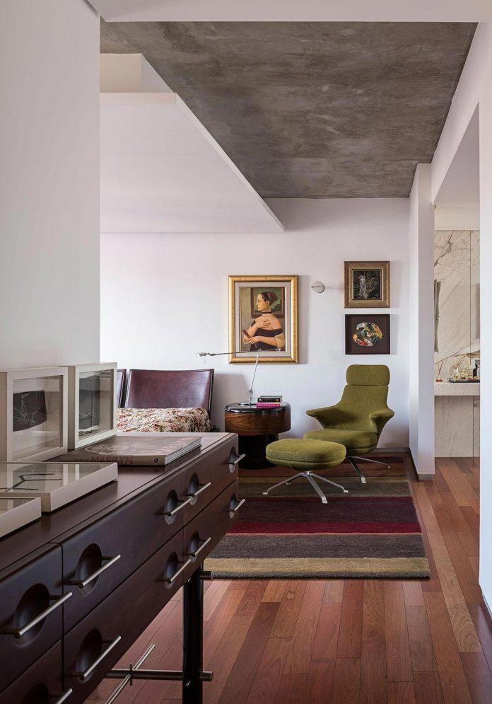 colourful-apartment-belo-horizonte-art-collector-lover-strong-colours-designed-2arquitetos-20