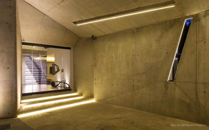 concrete-house-masterpiece-nico-van-der-meulen-architects-m-square-lifestyle-design-02