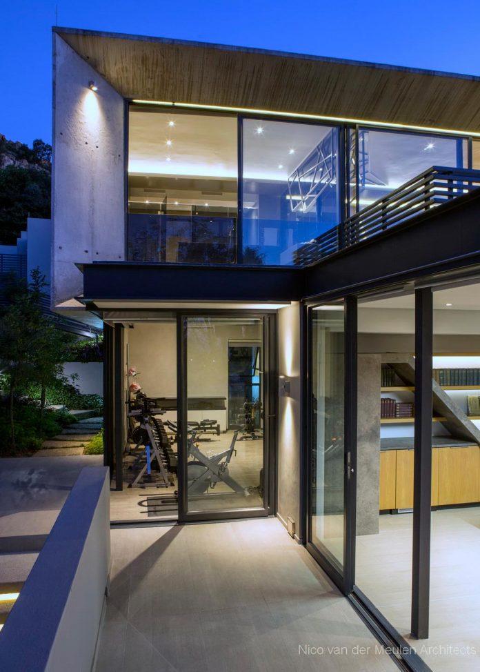 concrete-house-masterpiece-nico-van-der-meulen-architects-m-square-lifestyle-design-04