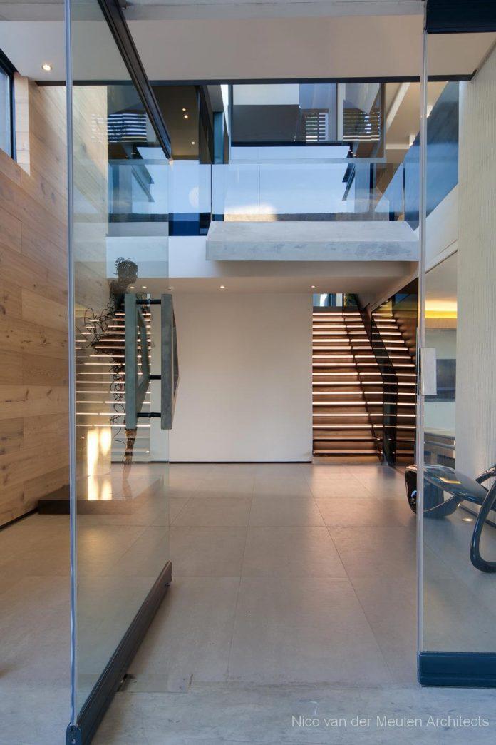 concrete-house-masterpiece-nico-van-der-meulen-architects-m-square-lifestyle-design-09