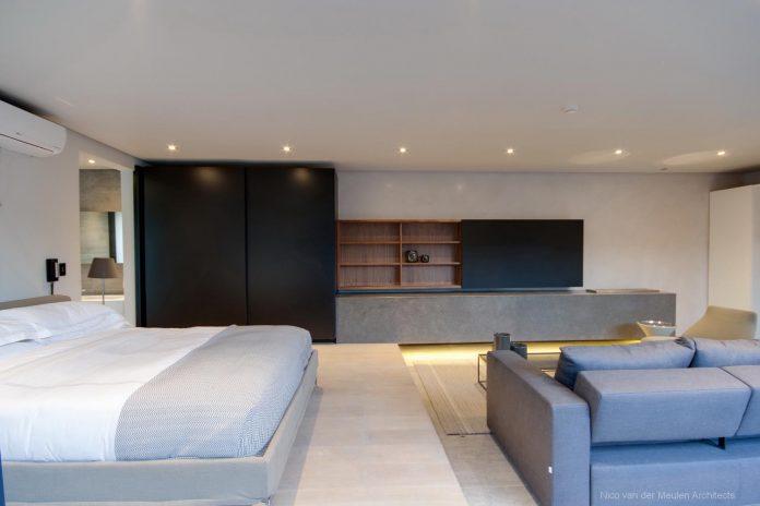 concrete-house-masterpiece-nico-van-der-meulen-architects-m-square-lifestyle-design-34
