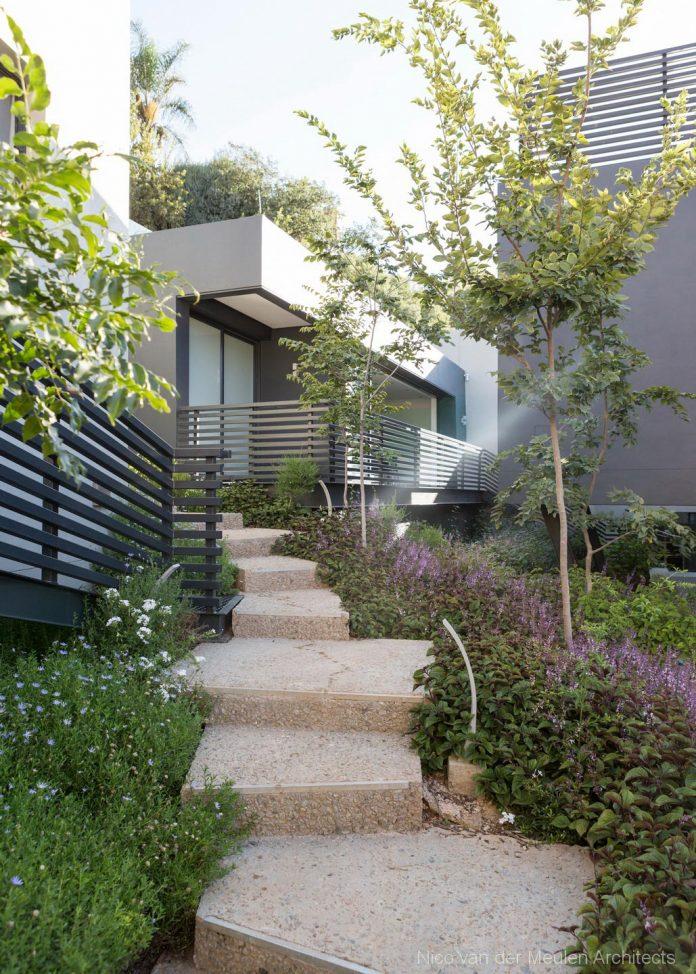 concrete-house-masterpiece-nico-van-der-meulen-architects-m-square-lifestyle-design-45
