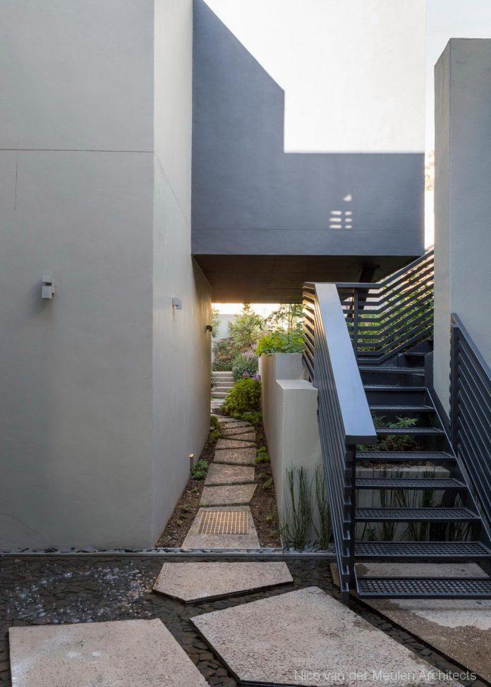 concrete-house-masterpiece-nico-van-der-meulen-architects-m-square-lifestyle-design-46
