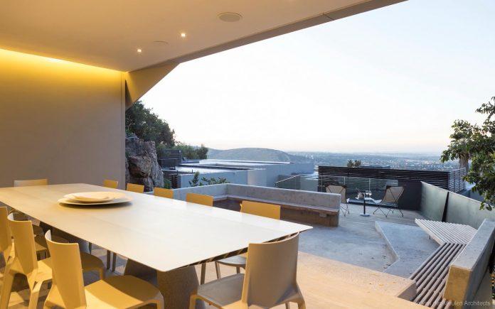 concrete-house-masterpiece-nico-van-der-meulen-architects-m-square-lifestyle-design-47