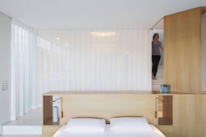 contemporary-bright-single-family-house-located-sydney-marston-architects-04