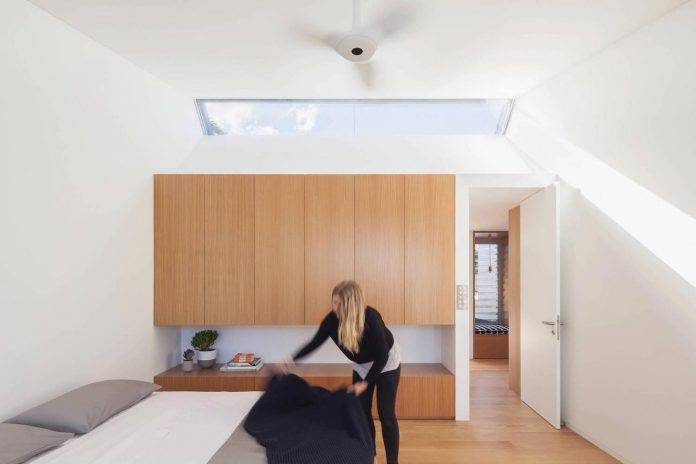 contemporary-bright-single-family-house-located-sydney-marston-architects-07