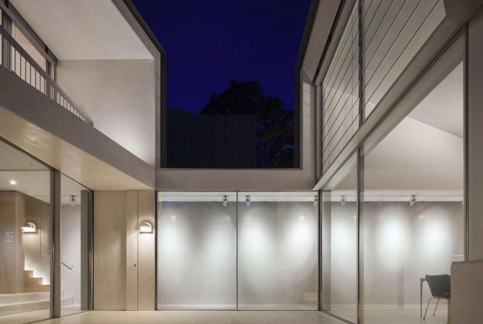 contemporary-bright-single-family-house-located-sydney-marston-architects-08