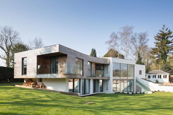 contemporary-highly-sustainable-energy-efficient-family-home-hampshire-witcher-crawford-01