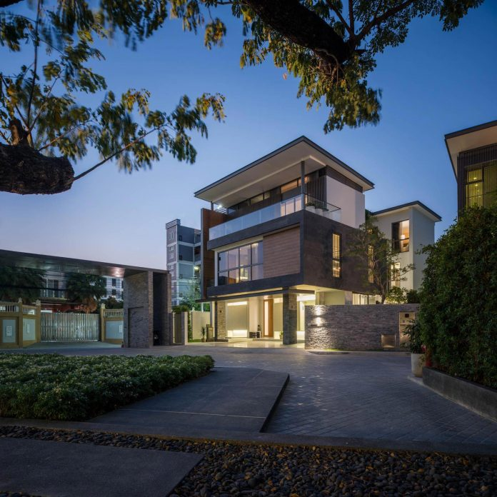 contemporary-honor-residence-podesign-04
