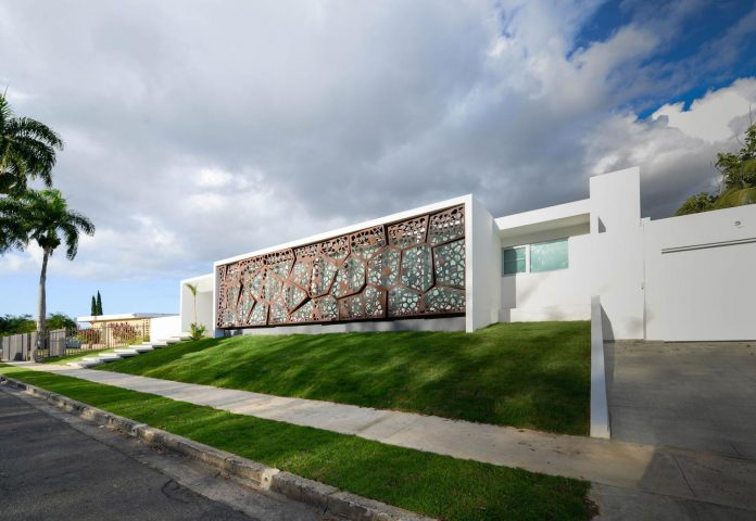 contemporary-huge-house-san-juan-diaz-paunetto-arquitectos-04