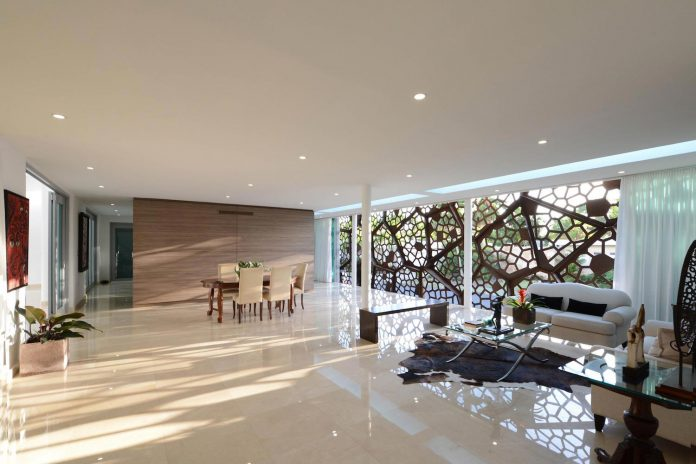 contemporary-huge-house-san-juan-diaz-paunetto-arquitectos-07