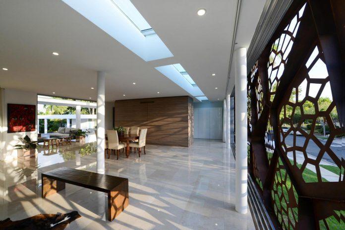 contemporary-huge-house-san-juan-diaz-paunetto-arquitectos-08