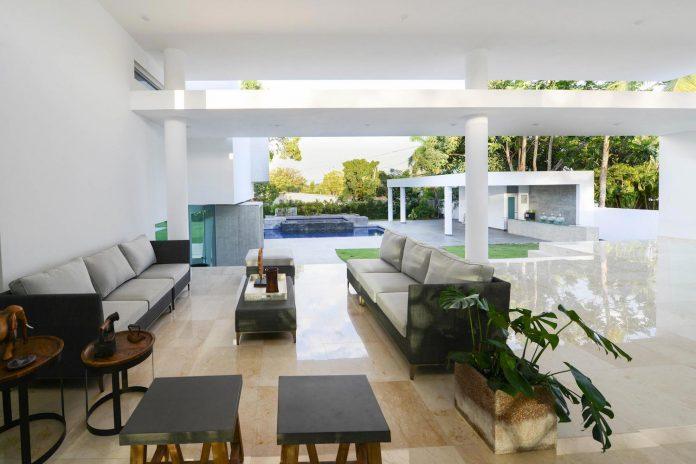 contemporary-huge-house-san-juan-diaz-paunetto-arquitectos-09