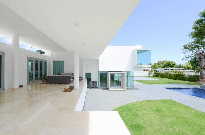 contemporary-huge-house-san-juan-diaz-paunetto-arquitectos-12