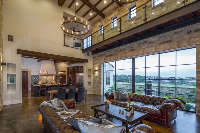 contemporary-italian-farmhouse-texas-rustic-style-steel-elements-designed-vanguard-studio-inc-04
