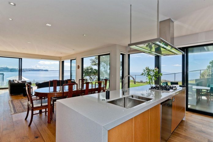 contemporary-rothesay-bay-residence-located-auckland-new-zealand-designed-creative-arch-10