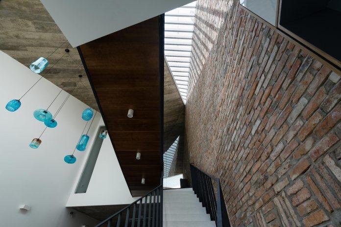 contemporary-townhouse-saigon-adstudio-08