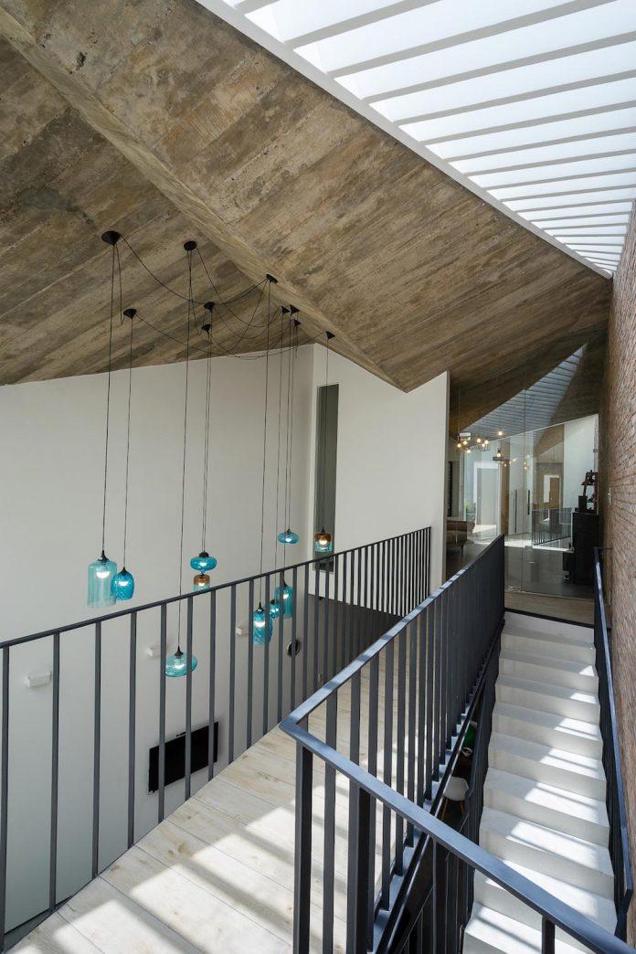 contemporary-townhouse-saigon-adstudio-13
