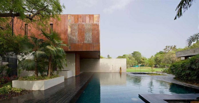 contemporary-two-storey-diya-residence-located-ahmedabad-india-spasm-design-architects-13