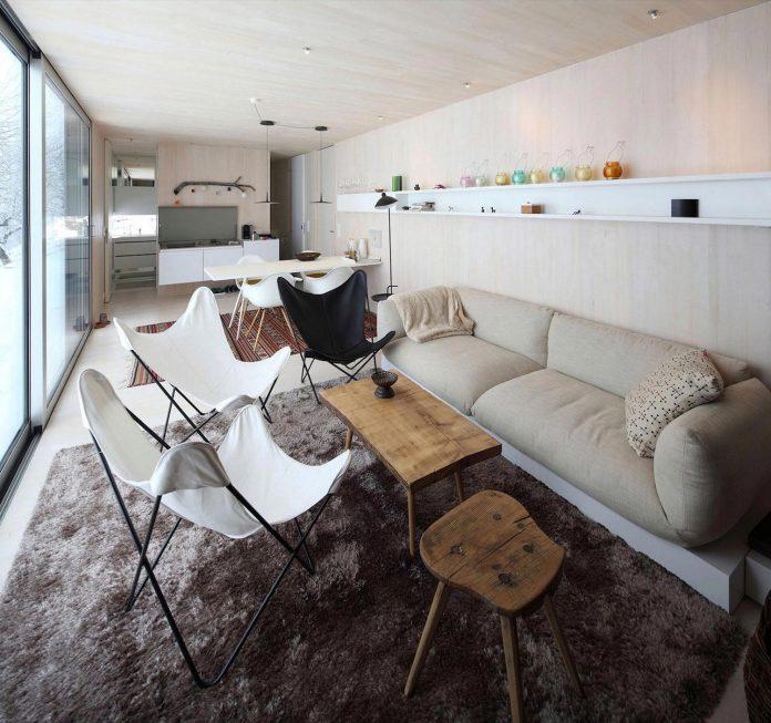 delugan-meissl-associated-architects-design-casa-invisibile-flexible-prefabricated-wood-structure-home-10