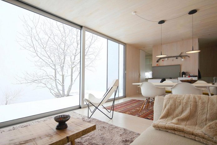 delugan-meissl-associated-architects-design-casa-invisibile-flexible-prefabricated-wood-structure-home-11