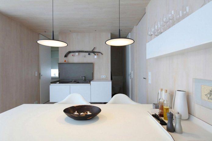 delugan-meissl-associated-architects-design-casa-invisibile-flexible-prefabricated-wood-structure-home-13