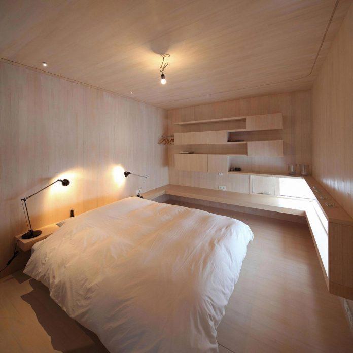 delugan-meissl-associated-architects-design-casa-invisibile-flexible-prefabricated-wood-structure-home-14