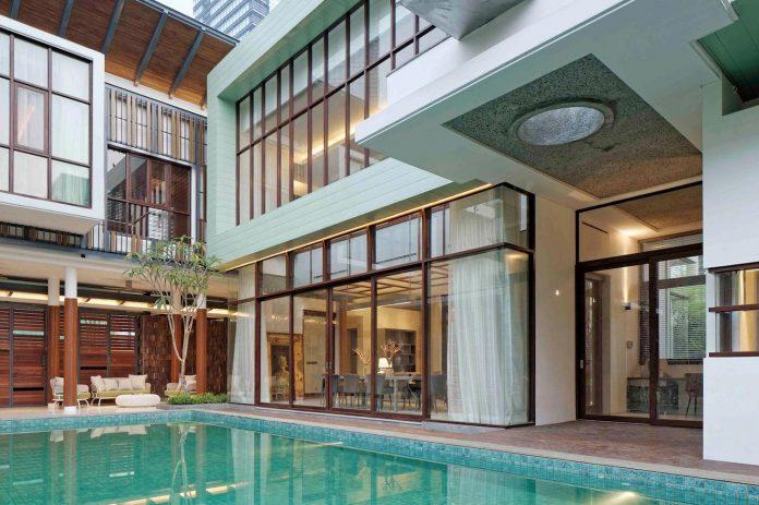 denpassar-traditional-javanese-house-modern-look-designed-atelier-cosmas-gozali-03